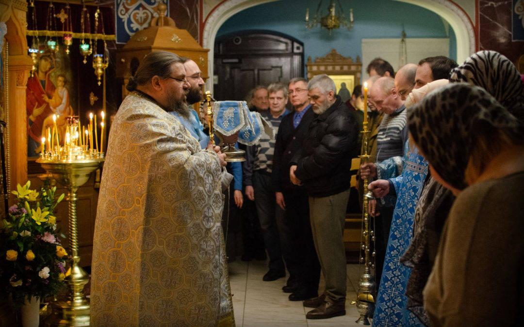 Сретение Господне встретили на  петербургском подворье Коневского Рождество-Богородичного монастыря