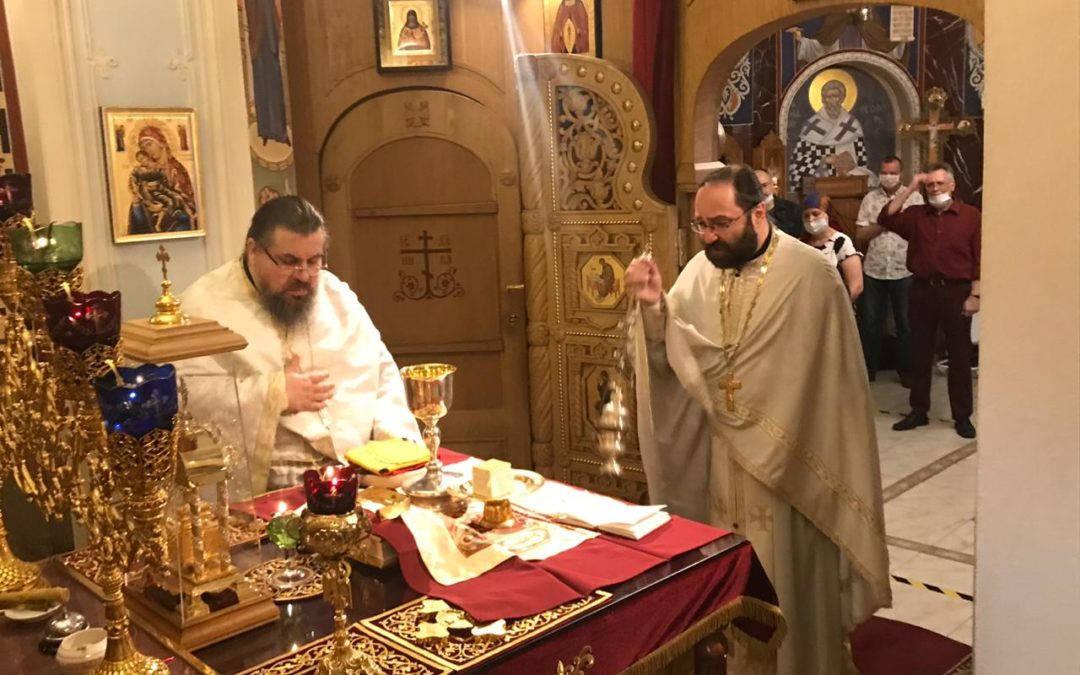 В день Собора Санкт-Петербургских святых на подворье Коневского монастыря в Северной столице совершены праздничные богослужения