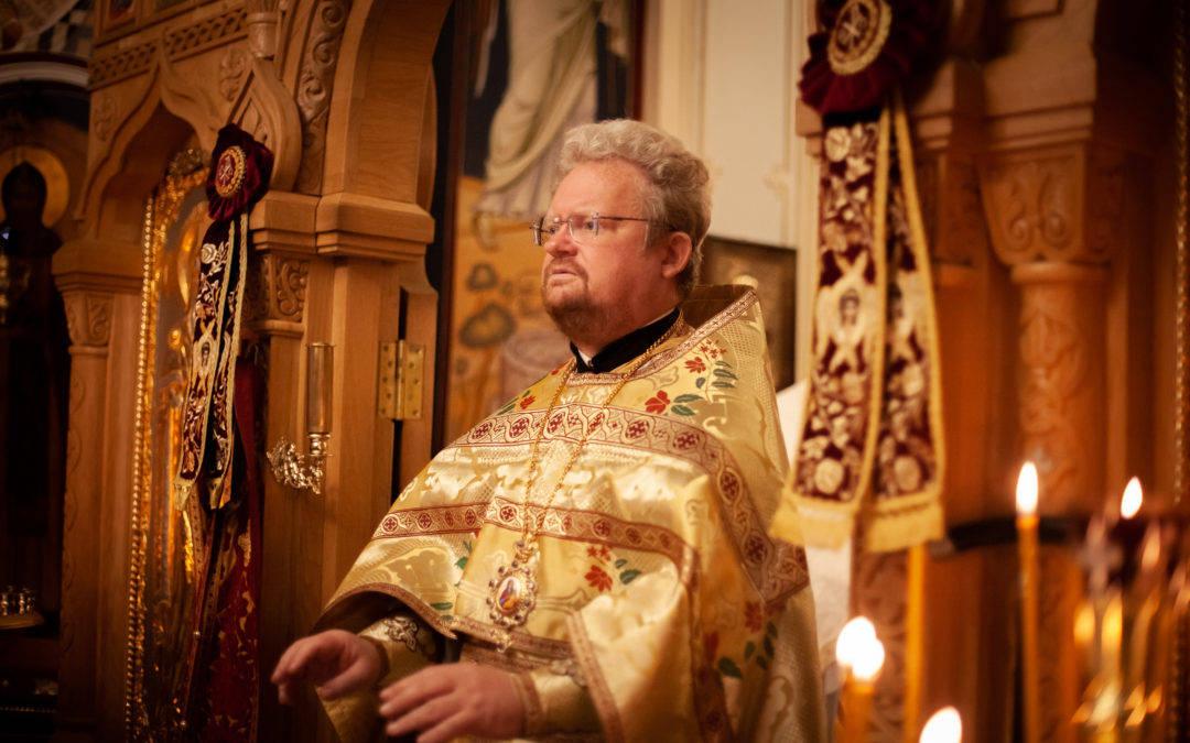 В день отдания праздника Крестовоздвижения епископ Выборгский и Приозерский Игнатий совершил Божественную литургию на петербургском подворье Коневского монастыря
