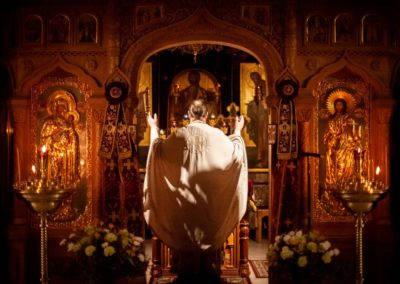 В день памяти святителя Николая Чудотворца на петербургском подворье Коневской обители совершены торжественные богослужения