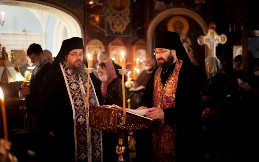 Уставные богослужения «Мариина стояния» совершены на петербургском подворье Коневского Рождество-Богородичного монастыря