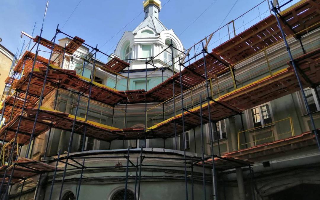 В рамках государственной программы на петербургском подворье Коневской обители начаты реставрационные работы
