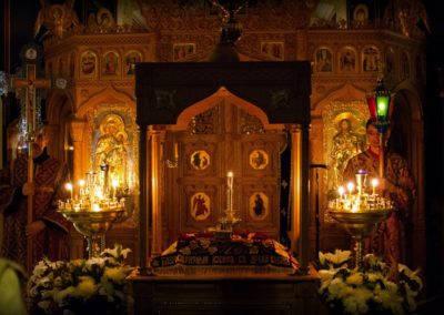 Богослужения Чина изнесения и погребения Плащаницы Господа совершены на петербургском подворье Коневской обители