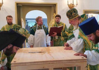 Настоятель петербургского подворья Коневского монастыря вместе с наместником сослужил Преосвященнейшему Игнатию при освящении храма монастырского подворья во Владимировке