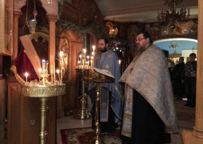 На петербургском подворье Коневской обители совершены уставные богослужения с чтением Акафиста Пресвятой Богородице