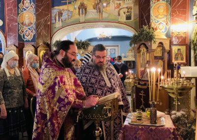 Таинство Соборования в Великий пост совершили на петербургском подворье Коневского монастыря