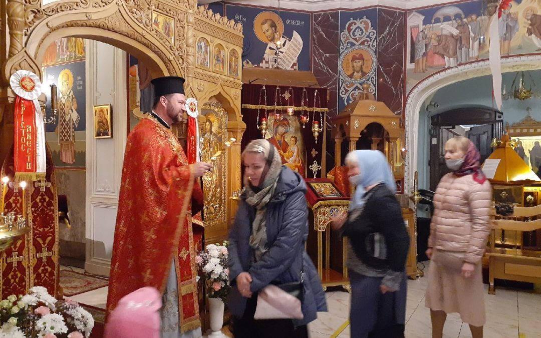 День памяти обретения мощей преподобного Арсения Коневского молитвенно встретили на петербургском подворье монастыря